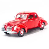 Mô hình Xe Ford Deluxe Coupe 1939 1:18